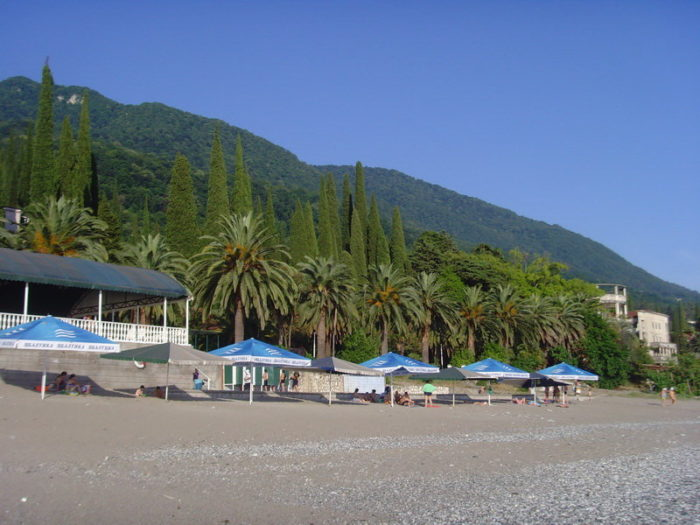 Гагрские пляжи
