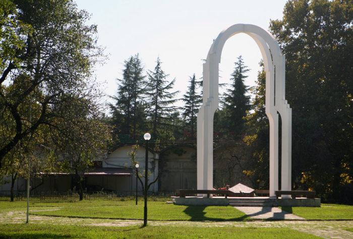 Памятник погибшим в грузино-абхазской войне