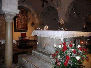 Саркофаг с мощами св. Николая