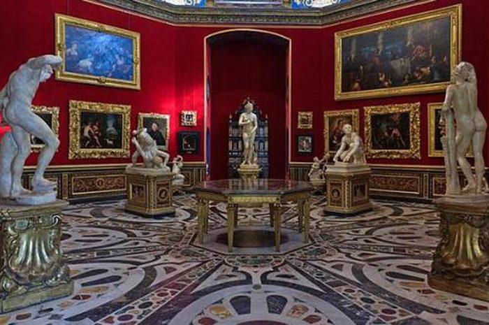 Зал со скульптурами Бернардо Буонталенти