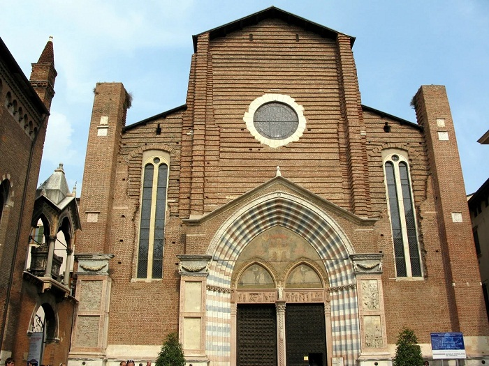 Церковь Санта Анастасия