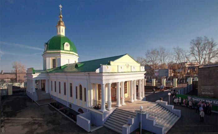 Церкви Покрова Пресвятой Богородицы и Петра и Павла