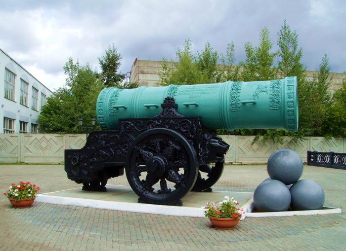 Копия Царь-Пушки