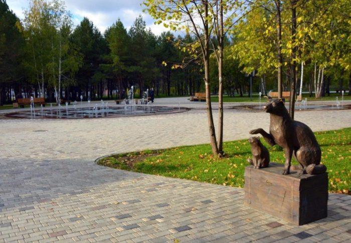Памятник бездомным животным