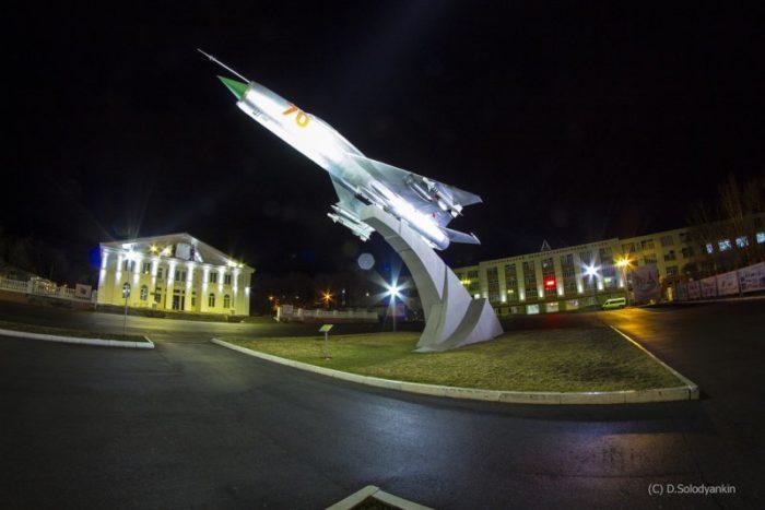 Самолёт МиГ-21