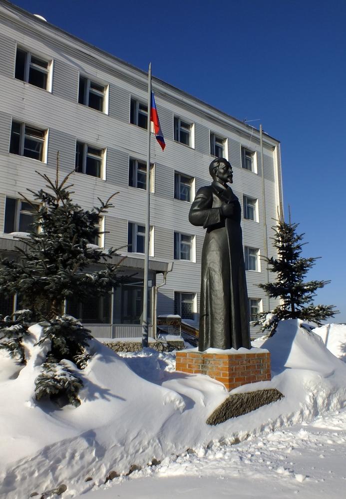 Памятники Ленину и Дзержинскому