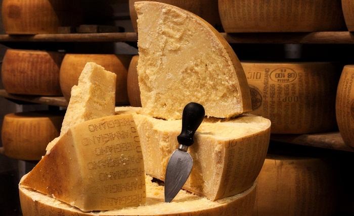 Сыра пармезан