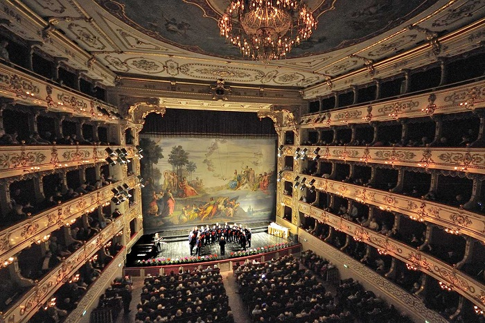 Театр Реджо