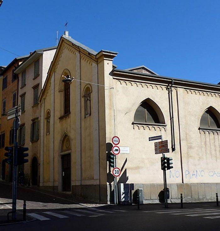 Церковь Сан-Бернардино на Пиньоло