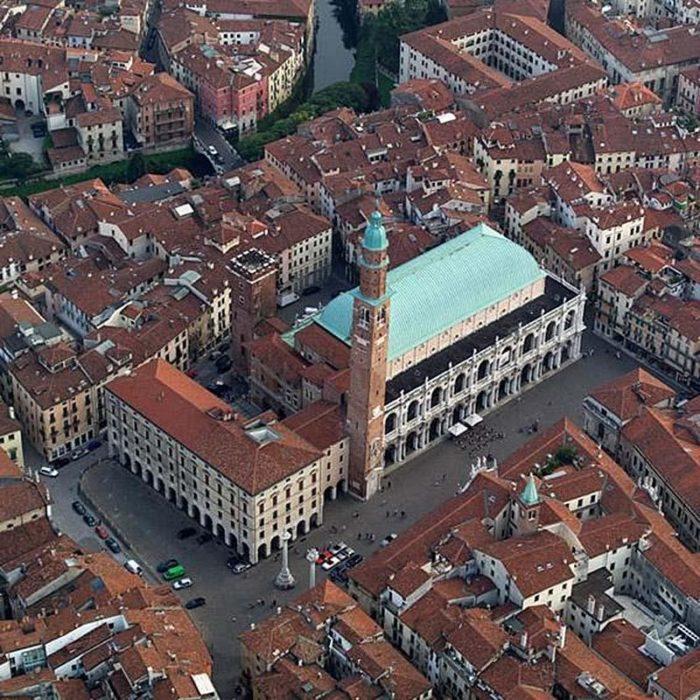 Вид на площадь Синьории сверху