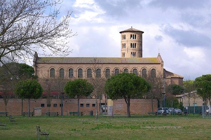 Базилика Сант-Аполлинаре-ин-Классе