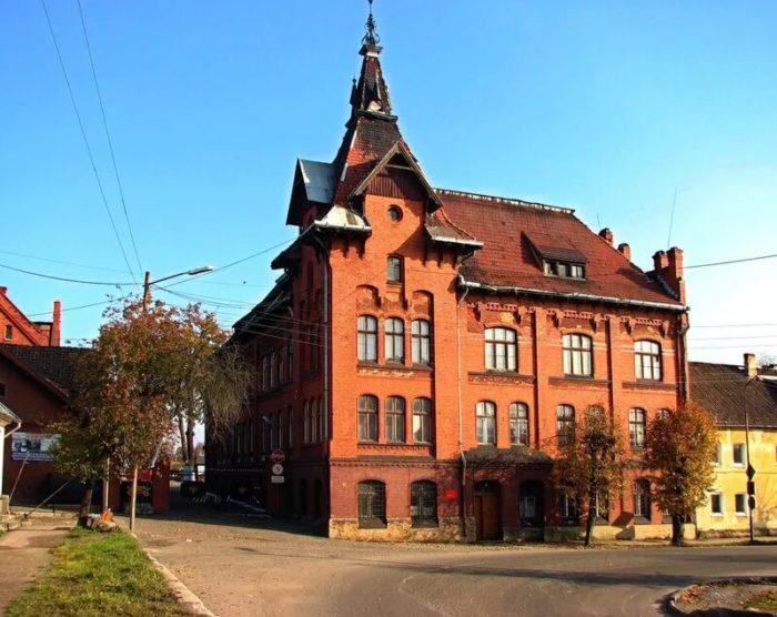Комплекс зданий бывшей психиатрической лечебницы