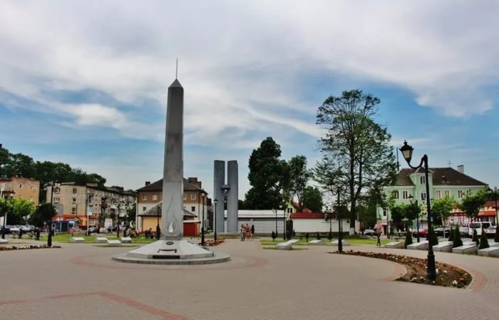 Памятник русским солдатам четырех войн