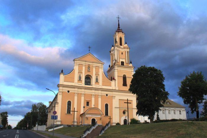 Костел Обретения Святого Креста и монастырь бернардинцев