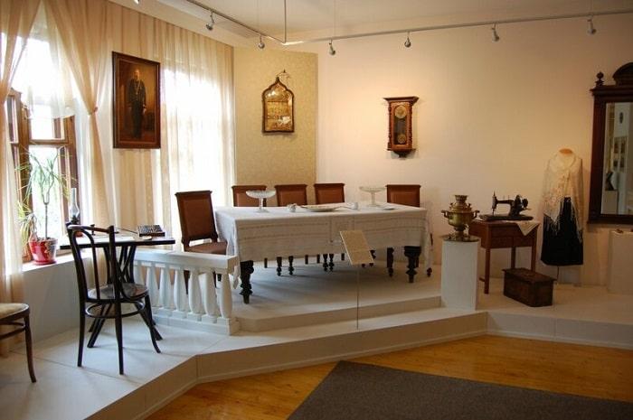 В музее-заповеднике Подолье