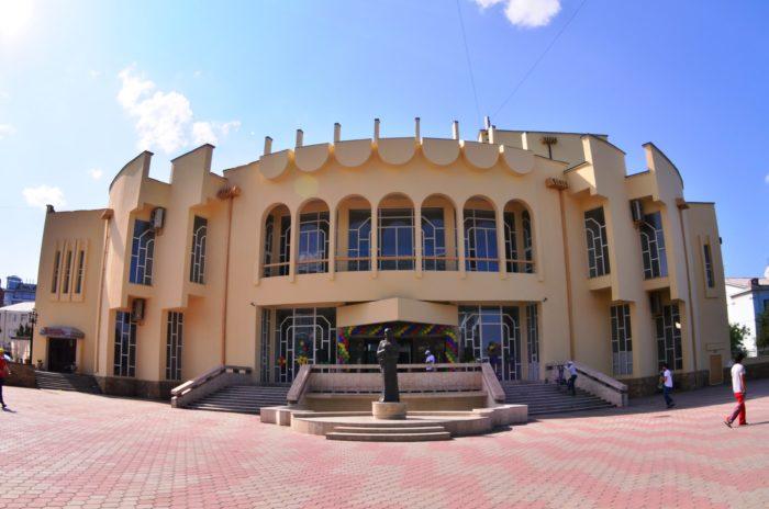 Кумыкский музыкально-драматический театр им. Алим-Паши Салаватова