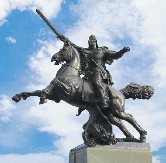 Памятник «Защитник Отечества»
