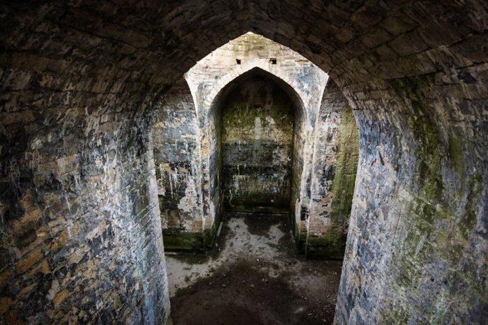 Крестообразное водохранилище (или древнехристианский храм)