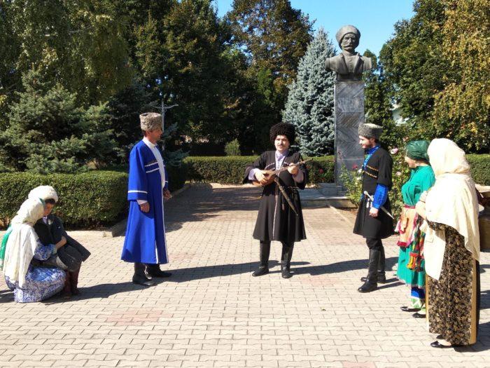 Памятник Омарла Батыраю