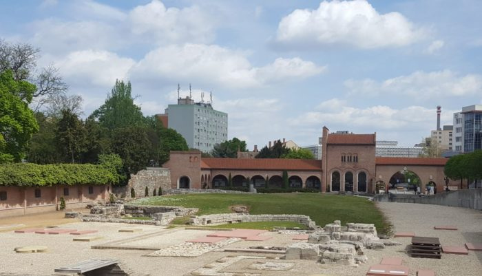 Сад руин