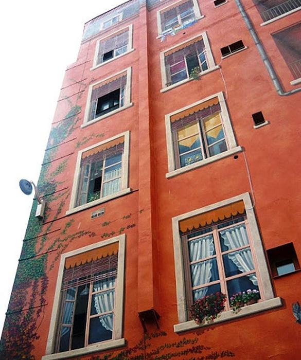 Фрески квартала Этат-Юни