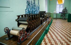 Макет бумагоделательной машины