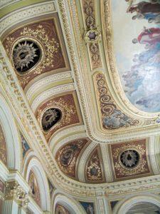 Фрагмент потолка в зале Большого театра