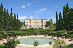 Замок и парк Flaugergues