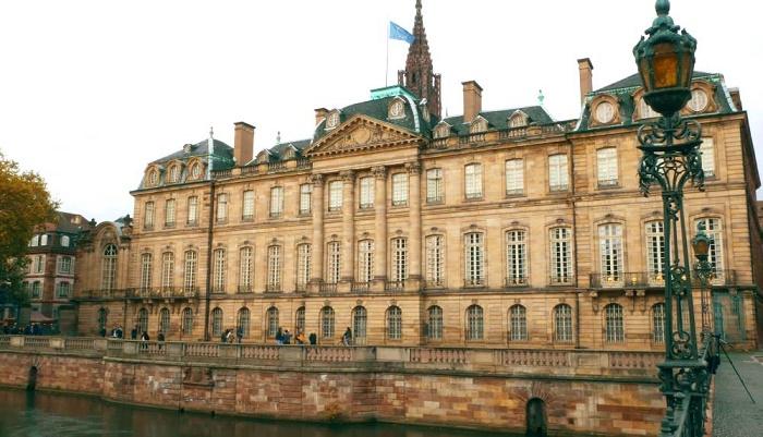 Дворец Роган