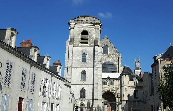 Церковь Сен-Эверт