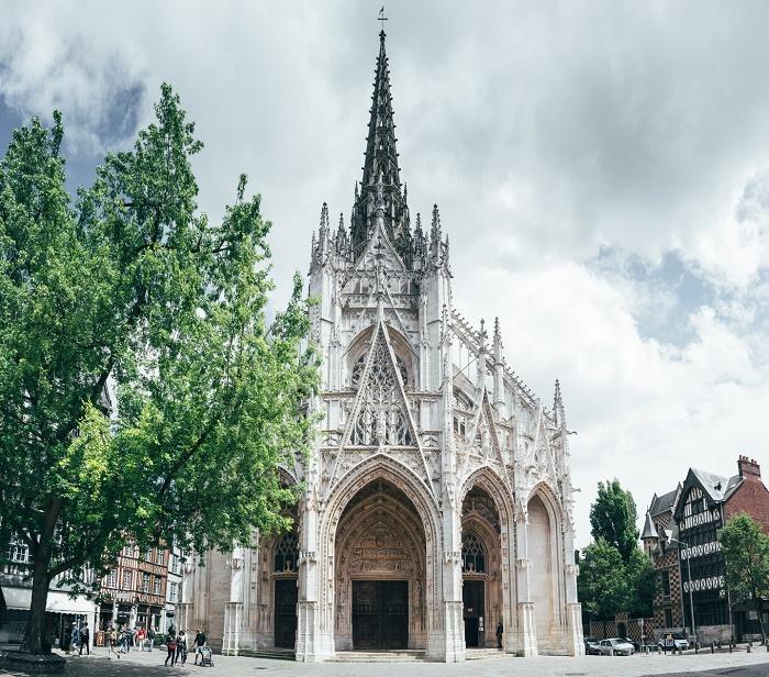 Церковь Сен-Маклу