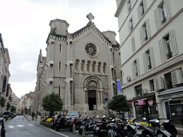Церковь Нотр-Дам-де-Бон-Вояж