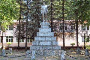 Оригинальный памятник Ленину