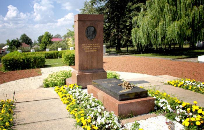 Мемориал «Могила Мичурина»