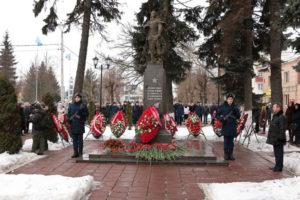Памятник Защитникам отечества