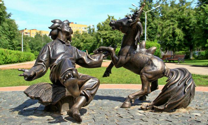 Скульптура Конёк-горбунок