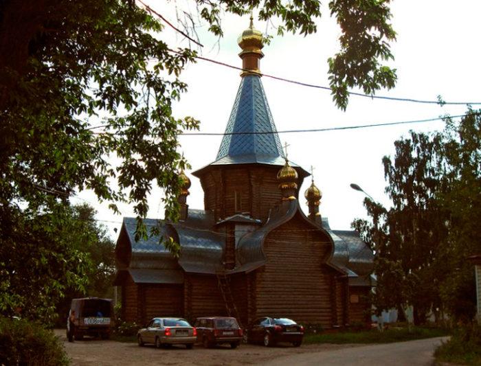 Церковь Иверской иконы Божией Матери, деревянная