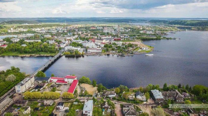 Карельский мост и пристань
