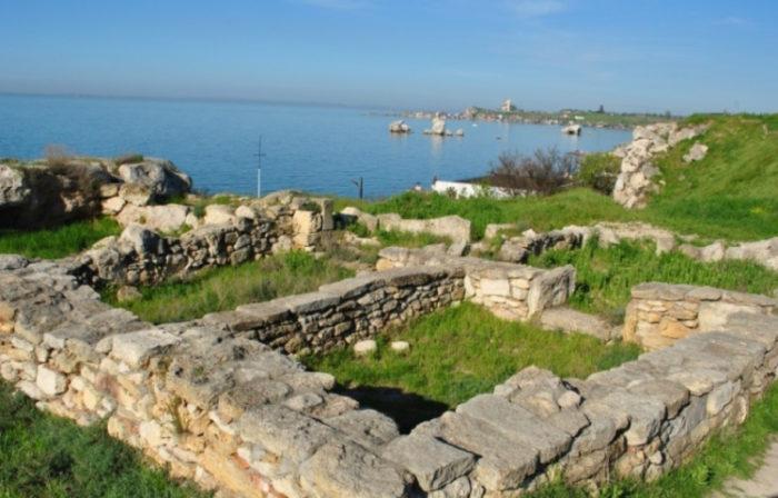Древнее городище Мирмекий