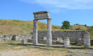 Руины древнего античного города Пантикапея