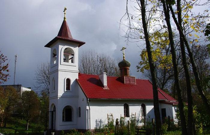 Храм Святых Новомучеников и Исповедников Российских